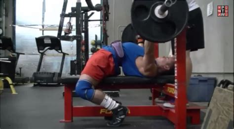 should you bench press with your feet up