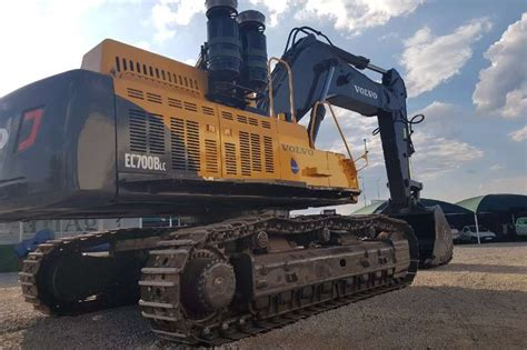 volvo ec  bl excavators machinery  sale  gauteng      truck trailer