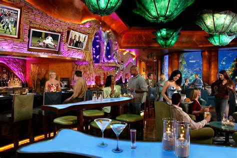 top bars in las vegas mermaid lounge silverton casino