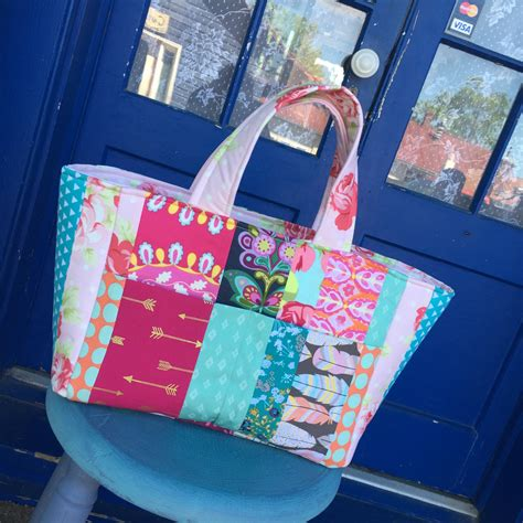Patchwork Bags To Make - patchwork tote bag sewspire