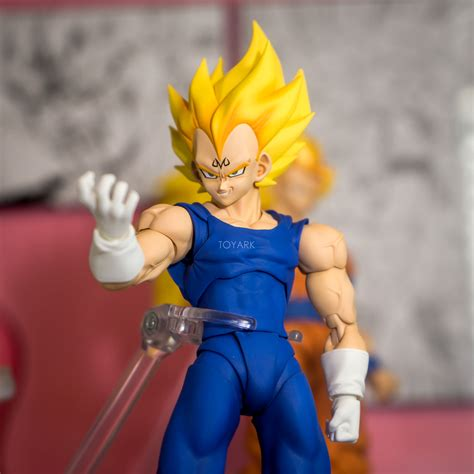 z cell è al tappeto recensione sh figuarts z trunks cell saga
