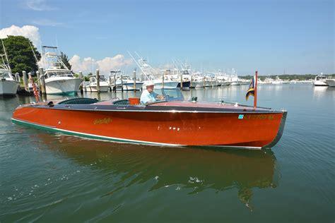 speedboot dealers nederland 2012 hackercraft 26 runabout power boat for sale www