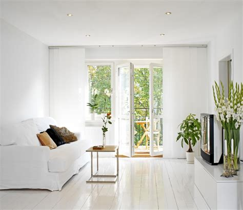 superb Mid Century Modern Decorating Ideas #3: Simple-White-Small-Living-Room-Decorating-Ideas-for-Apartment.jpg
