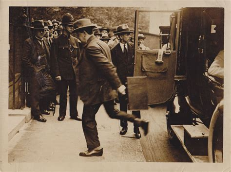 Anglo Treaty Negotiations Essay by 1922 Anglo Treaty Negotiations Press Photographs At Whyte S Auctions Whyte S