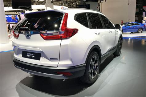 hybridised honda suv new cr v hybrid prototype hits