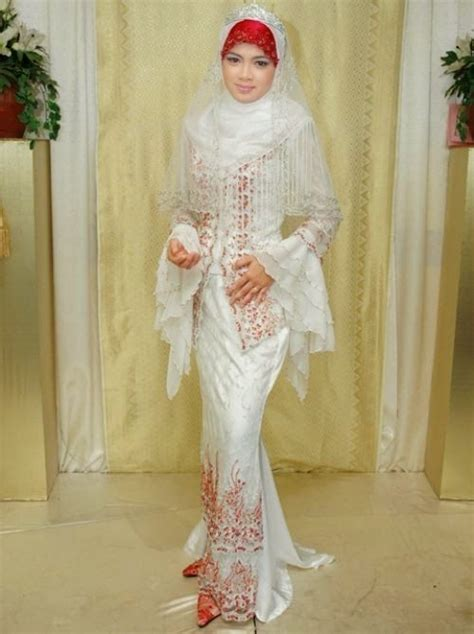 Busana Muslim Putih Elegan baju pengantin muslim modern putih elegan desain baju
