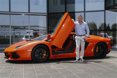 lamborghini headquarters lamborghini newport gil de ferran visits the