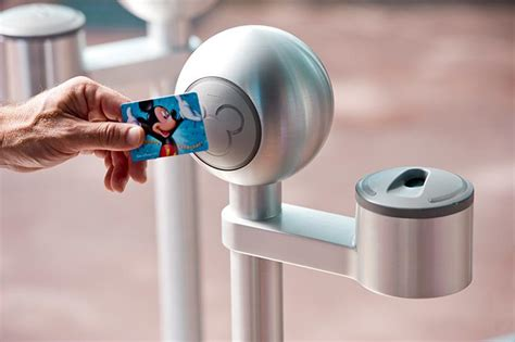Plastic Annual Disney Pass   Soon to include RFID Technology!