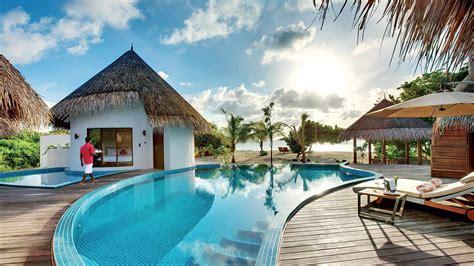 maldives luxury and exclusive resort idyllic