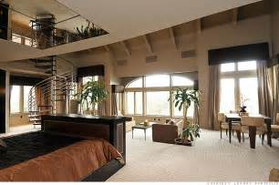 Two Story Bedroom by 50 Cent S 19 No 14 No 10 Million Estate The Master