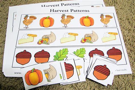 Thanksgiving Pattern Activities For Preschool   mommy s little helper thanksgiving preschool activities