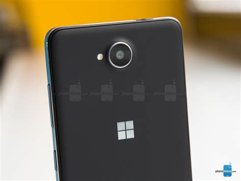 microsoft lumia 650 review stuff microsoft lumia 650 review phones review