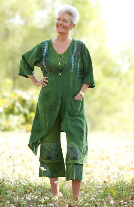 comfortable clothing for women over 60 124 best styling over 50 images on pinterest ageless