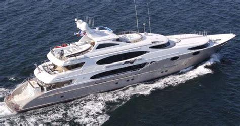 yacht eros kody s pop culture spot bravo s below deck s quot eros quot yacht