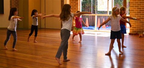 tutorial dance for beginners key reasons to book jazz dance lessons for beginners