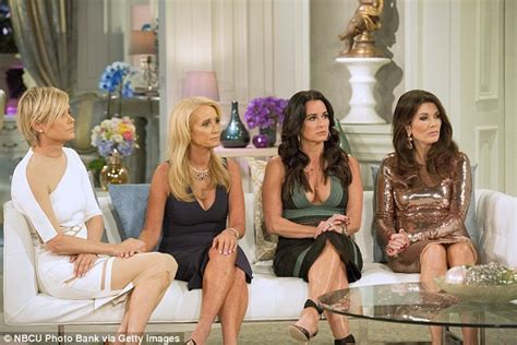 the necklace yolanda form real housewives of beverly hills wears lisa vanderpump is the real deal housewife of beverly