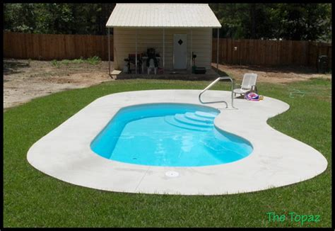 small inground pool ideas 1000 images about swimming pools for a small yard on
