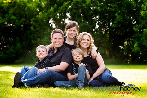 family of 5 photo pose ideas in the family pose below i how to get awesome family photos stephane hachey the