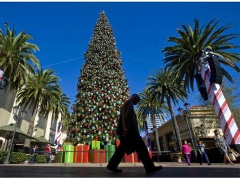 fashion island christmas tree fashion island tree 2012 favorite places of home pinter