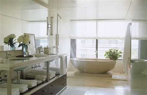 25 Extraordinary Master Bathroom Designs Master Bathroom Decor Ideas