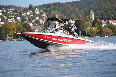 motorboot zürichsee wakeboarden wakesurfen