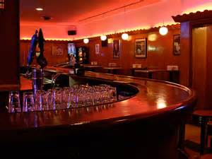 top bars in cleveland best bars with games in cleveland 171 cbs cleveland