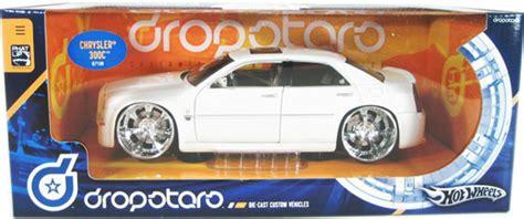 Chrysler 300c Black Colour Tooned Model Hotwheels chrysler 300c white wheels dropstars 1 21 diecast