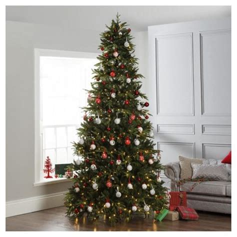 dobbies 10ft pre lit christmas tree loch tay price