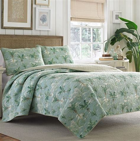 tommy bahama coverlets tommy bahama green palm tree quilt the hawaiian home