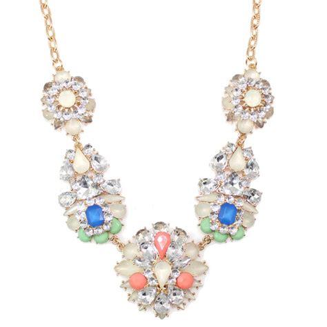 Wedding Bouquet Necklace by Chaign Flower Bouquet Clusters Bridal Statement
