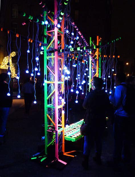 dumbo festival of lights ny festival of light crowds overwhelm dumbo brooklyn