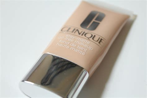 Clinique Stay Matte Foundation thesmalllittlethingsinlife a fave the clinique stay