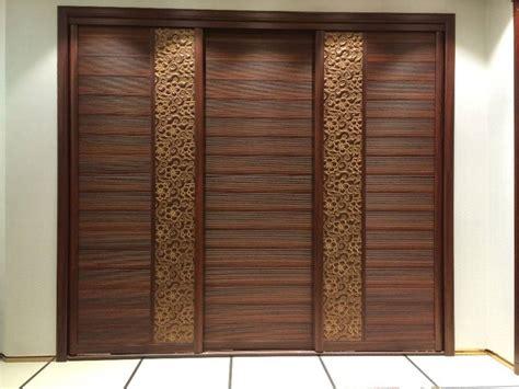 Design Of Wooden Almirah In The Wall Roselawnlutheran Wooden Almirah Designs For Bedroom