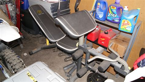 golds gym the fan gold s gym weight bench set phoenix storage unit sale