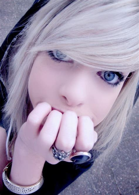 wallpaper emo girl hot emo images emo girl wallpaper and background photos 6657570