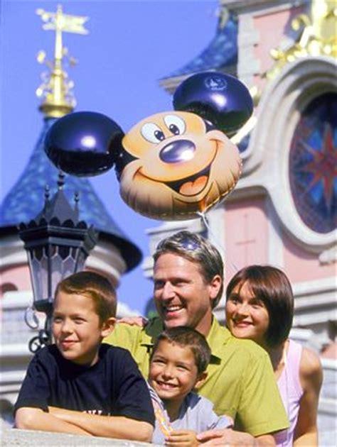 theme park kent 2018 paramount theme park kent 27 000 jobs could be created at