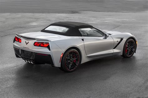 corvette stingray z06 2016 chevrolet corvette stingray and z06 gain three design