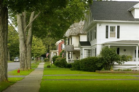 things to know about buying a house tuesday s tip 5 things to know about a neighborhood before you buy a home tate