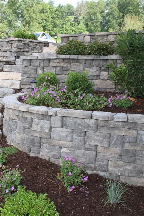 garden walling ideas 25 best ideas about retaining walls on
