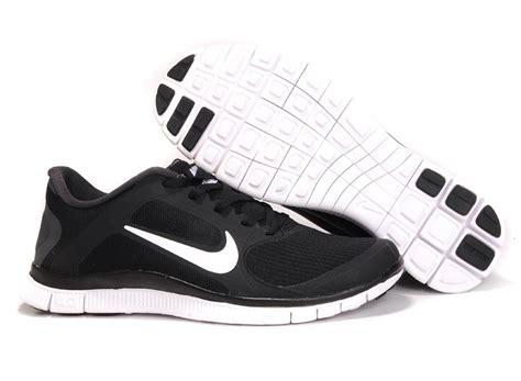 womens nike free run 4 0 v3 black white running shoes uk