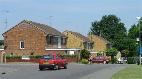 Earth Contact Home Designs File 1980s Housing At Leylands Park Burgess Hill
