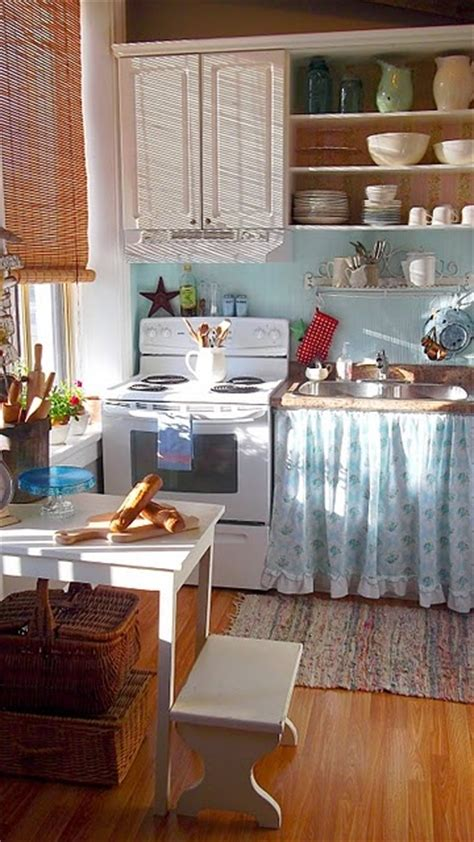 cozy kitchens cozy little kitchen the country life pinterest
