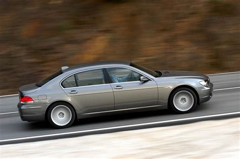2001 bmw 7 series review and rating motor trend bmw 7 series 2004 car buyers guide