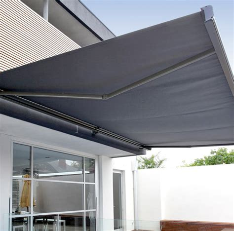 Freestanding Awning Custom Retractable Awning Paradise Outdoor Kitchens