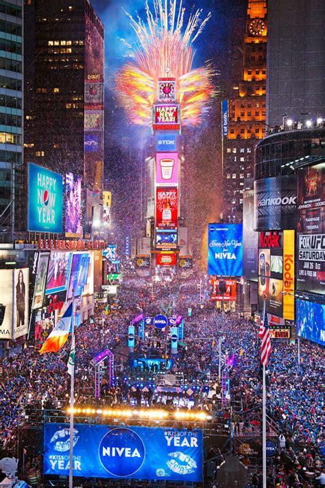 new years drop nyc 2014 new year s balldrop on livestream