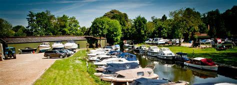 thames boat service boat mooring boat storage thames boat services wargrave