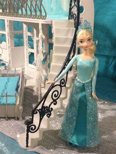 frozen doll houses diy elsa castle dollhouse from the movie frozen step by step instructions diy doll