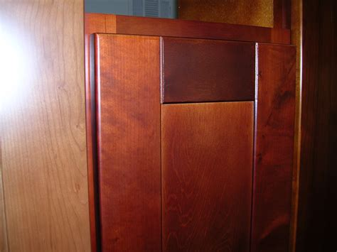 birch shaker kitchen cabinets cherry colored birch shaker kitchen cabinets photo album