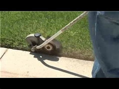 How To Edge Your Landscape Lawn Help How To Edge Along A Sidewalk