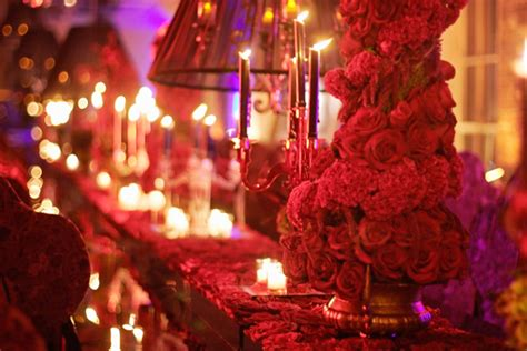themes roses red red wedding themes passionate poppy and fiery ruby